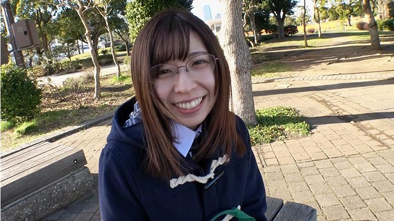 笑顔の塚本あみ