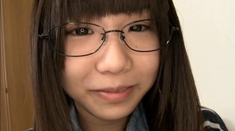 眼鏡をかけた早瀬ありす2